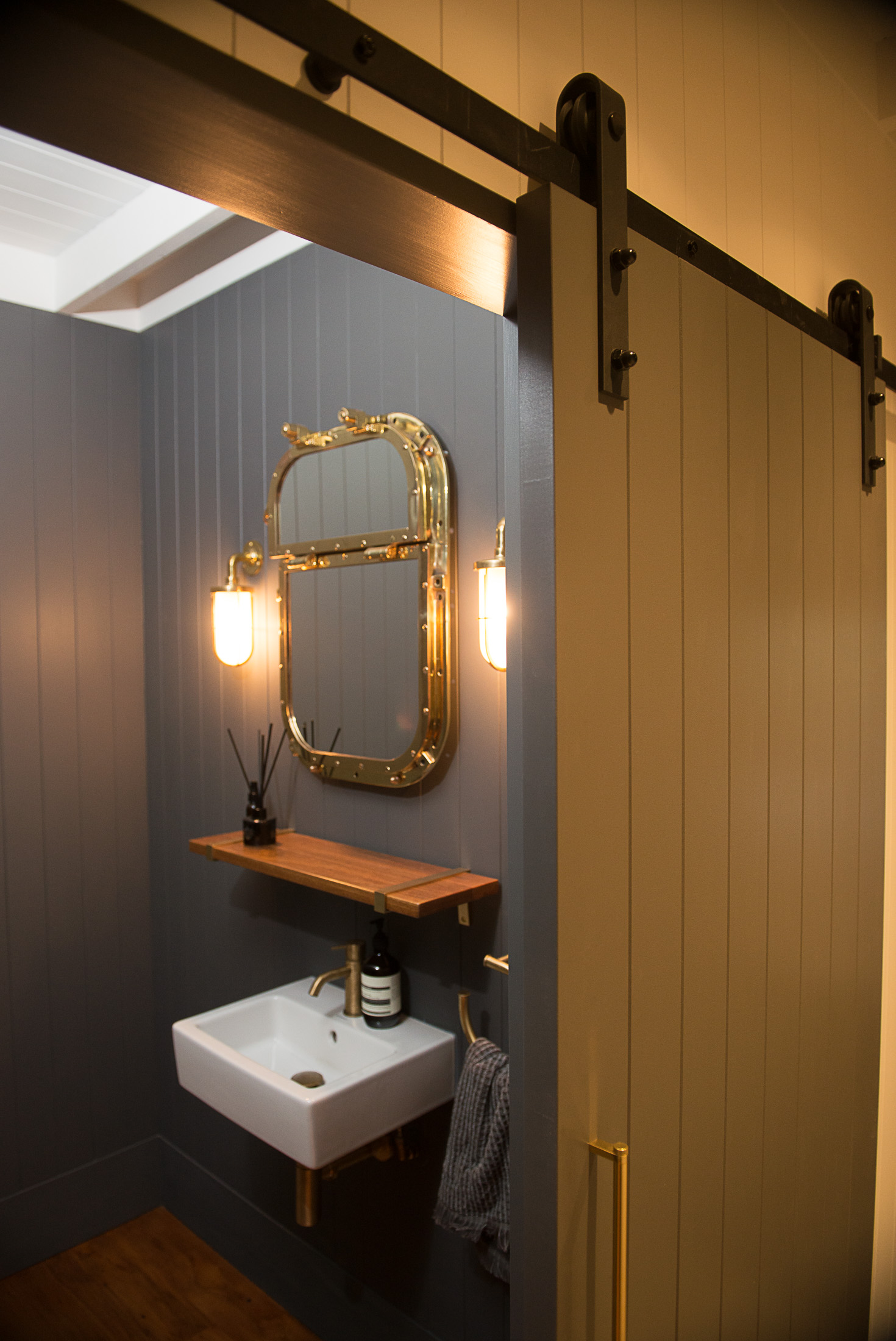 ZEAL wellington commerical interior fit out bathroom